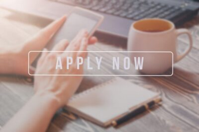 Apply now image